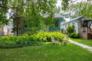 Photo 1: 1060 McMillan Avenue in Winnipeg: Residential for sale (1B)  : MLS®# 1918138