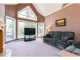 "Photo 4: 505 34101 OLD YALE Road in Abbotsford: Central Abbotsford Condo for sale in ""Yale Terrace"" : MLS®# R2395704"