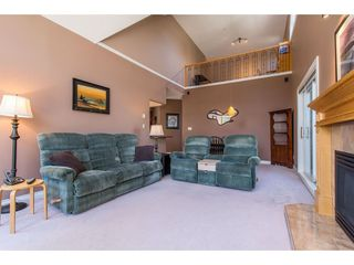 "Photo 3: 505 34101 OLD YALE Road in Abbotsford: Central Abbotsford Condo for sale in ""Yale Terrace"" : MLS®# R2395704"