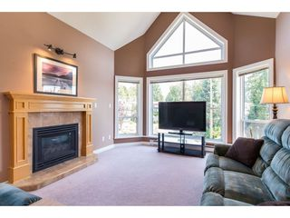"Photo 5: 505 34101 OLD YALE Road in Abbotsford: Central Abbotsford Condo for sale in ""Yale Terrace"" : MLS®# R2395704"