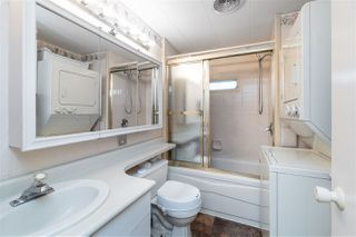 """Photo 13: 89 7790 KING GEORGE Boulevard in Surrey: East Newton Manufactured Home for sale in """"Crispen Bays Community"""" : MLS®# R2395552"""