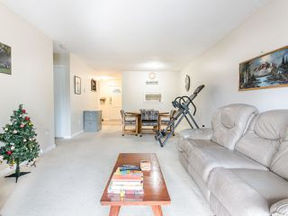 "Photo 4: 206 5191 203 Street in Langley: Langley City Townhouse for sale in ""Longlea"" : MLS®# R2422119"