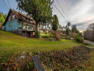 Photo 10: 4242 IRVINES LANDING ROAD in Pender Harbour: Pender Harbour Egmont House for sale (Sunshine Coast)  : MLS®# R2420023