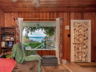 Photo 15: 4242 IRVINES LANDING ROAD in Pender Harbour: Pender Harbour Egmont House for sale (Sunshine Coast)  : MLS®# R2420023