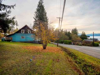 Photo 8: 4242 IRVINES LANDING ROAD in Pender Harbour: Pender Harbour Egmont House for sale (Sunshine Coast)  : MLS®# R2420023