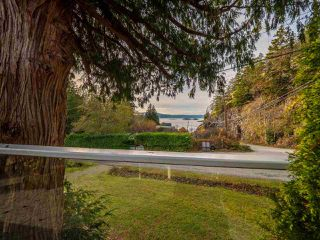 Photo 6: 4242 IRVINES LANDING ROAD in Pender Harbour: Pender Harbour Egmont House for sale (Sunshine Coast)  : MLS®# R2420023