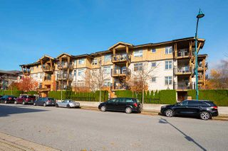 Main Photo: 101 500 KLAHANIE Drive in Port Moody: Port Moody Centre Condo for sale : MLS®# R2429682