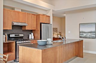 "Photo 9: 407 5955 IONA Drive in Vancouver: University VW Condo for sale in ""FOLIO"" (Vancouver West)  : MLS®# R2433134"