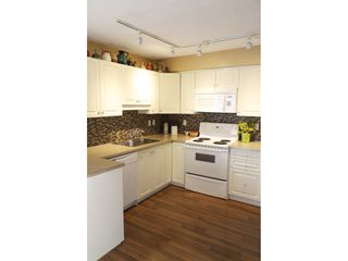 Photo 2: 10649 Saskatchewan Drive in Edmonton: Condo for rent