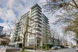 Main Photo: 1532 W 8TH Avenue in Vancouver: Fairview VW Townhouse for sale (Vancouver West)  : MLS®# R2452479