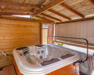 Photo 20: OCEANSIDE House for sale : 3 bedrooms : 1775 Corta Cresta