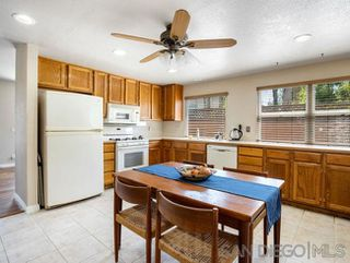 Photo 9: OCEANSIDE House for sale : 3 bedrooms : 1775 Corta Cresta