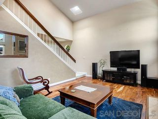 Photo 4: OCEANSIDE House for sale : 3 bedrooms : 1775 Corta Cresta