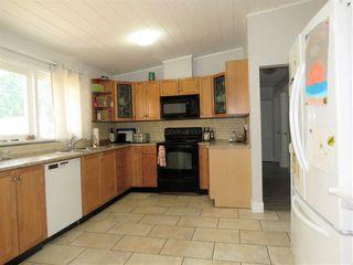 Photo 3: 12430 208 Street in Maple Ridge: Northwest Maple Ridge House for sale : MLS®# R2496067