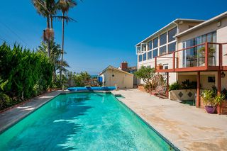 Photo 3: OCEAN BEACH House for sale : 4 bedrooms : 4525 Alhambra Street in San Diego