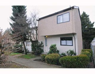 Main Photo: 146 511 GATENSBURY Street in Coquitlam: Central Coquitlam Townhouse for sale : MLS®# V809458
