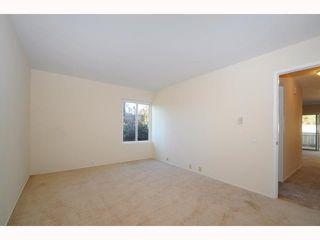 Photo 8: UNIVERSITY CITY Townhome for sale : 2 bedrooms : 9691 Caminito Del Feliz in San Diego