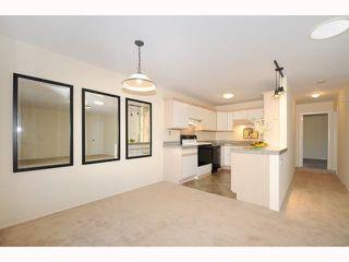 Photo 4: UNIVERSITY CITY Townhome for sale : 2 bedrooms : 9691 Caminito Del Feliz in San Diego