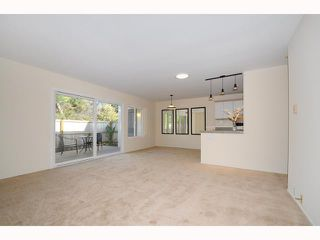 Photo 3: UNIVERSITY CITY Townhome for sale : 2 bedrooms : 9691 Caminito Del Feliz in San Diego