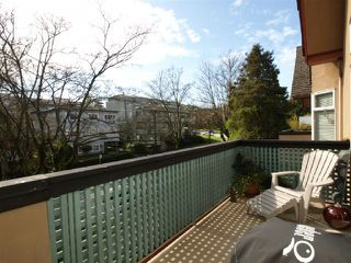 "Photo 1: 301 1963 W 3RD Avenue in Vancouver: Kitsilano Condo for sale in ""LA MIRADA"" (Vancouver West)  : MLS®# V818246"