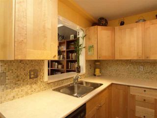 "Photo 3: 301 1963 W 3RD Avenue in Vancouver: Kitsilano Condo for sale in ""LA MIRADA"" (Vancouver West)  : MLS®# V818246"