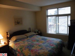 "Photo 4: 313 10088 148TH Street in Surrey: Guildford Condo for sale in ""BLOOMSBURY COURT"" (North Surrey)  : MLS®# F1009529"
