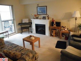 "Photo 1: 313 10088 148TH Street in Surrey: Guildford Condo for sale in ""BLOOMSBURY COURT"" (North Surrey)  : MLS®# F1009529"