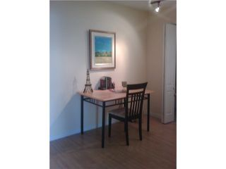"""Photo 5: 21 939 W 7TH Avenue in Vancouver: Fairview VW Townhouse for sale in """"MERIDIAN COURT"""" (Vancouver West)  : MLS®# V829669"""