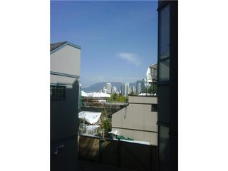 """Photo 8: 21 939 W 7TH Avenue in Vancouver: Fairview VW Townhouse for sale in """"MERIDIAN COURT"""" (Vancouver West)  : MLS®# V829669"""