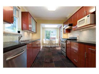 Photo 4: 3323 W 10TH Avenue in Vancouver: Kitsilano House for sale (Vancouver West)  : MLS®# V859119