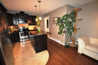 Photo 3: 32091 SANDPIPER Place in Mission: Mission BC House for sale : MLS®# F1101119
