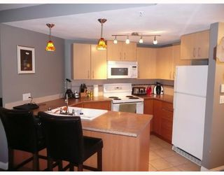 "Photo 2: 124 5700 ANDREWS Road in Richmond: Steveston South Condo for sale in ""RIVER'S REACH"" : MLS®# V719583"
