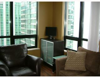 Photo 7: 1602 909 MAINLAND Street in Vancouver: Downtown VW Condo for sale (Vancouver West)  : MLS®# V752345