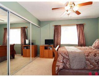 "Photo 8: 11 8675 WALNUT GROVE Drive in Langley: Walnut Grove Townhouse for sale in ""CEDAR CREEK"" : MLS®# F2908957"