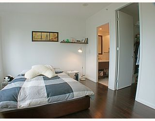 """Photo 10: 507 7388 SANDBORNE Avenue in Burnaby: South Slope Condo for sale in """"MAYFAIR PLACE II"""" (Burnaby South)  : MLS®# V766045"""