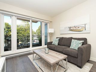 "Photo 2: 214 1588 HASTINGS Street in Vancouver: Hastings Sunrise Condo for sale in ""Boheme"" (Vancouver East)  : MLS®# R2401182"