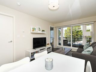 "Photo 6: 214 1588 HASTINGS Street in Vancouver: Hastings Sunrise Condo for sale in ""Boheme"" (Vancouver East)  : MLS®# R2401182"