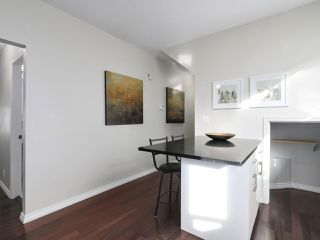 Photo 10: 164 W 13TH Avenue in Vancouver: Mount Pleasant VW Townhouse for sale (Vancouver West)  : MLS®# R2417638