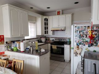 Photo 2: 2262 E 48TH Avenue in Vancouver: Killarney VE House for sale (Vancouver East)  : MLS®# R2423763