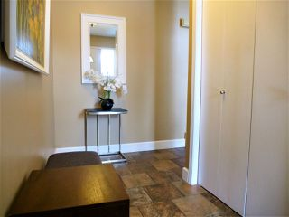 Photo 3: 4652 151 Street in Edmonton: Zone 14 Townhouse for sale : MLS®# E4187945