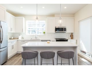 """Photo 11: 17 7740 GRAND Street in Mission: Mission BC Townhouse for sale in """"The Grand"""" : MLS®# R2445062"""