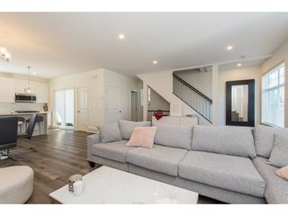 """Photo 5: 17 7740 GRAND Street in Mission: Mission BC Townhouse for sale in """"The Grand"""" : MLS®# R2445062"""