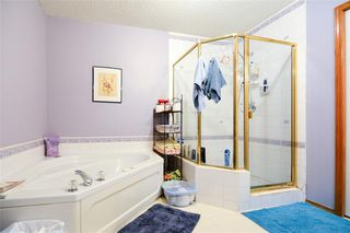 Photo 18: 114 Christie Park Mews SW in Calgary: Christie Park Row/Townhouse for sale : MLS®# C4306124