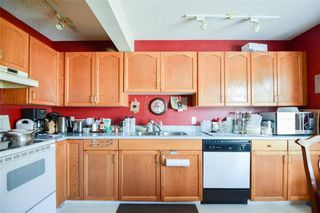Photo 9: 114 Christie Park Mews SW in Calgary: Christie Park Row/Townhouse for sale : MLS®# C4306124