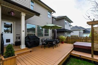 Photo 19: 17885 70A AVENUE in Surrey: Cloverdale BC Home for sale ()  : MLS®# R2040232