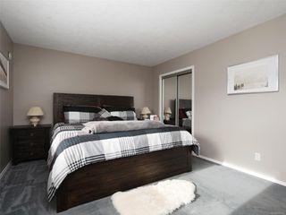 Photo 13: 2 871 Parklands Dr in : Es Gorge Vale House for sale (Esquimalt)  : MLS®# 858001