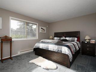 Photo 12: 2 871 Parklands Dr in : Es Gorge Vale House for sale (Esquimalt)  : MLS®# 858001
