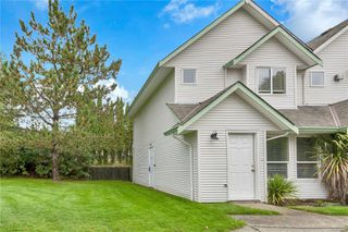 Photo 1: 11 1315 Creekside Way in : CR Willow Point Row/Townhouse for sale (Campbell River)  : MLS®# 858561