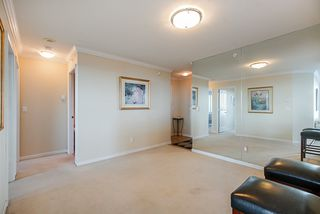 """Photo 10: 1303 6611 SOUTHOAKS Crescent in Burnaby: Highgate Condo for sale in """"Gemini 1"""" (Burnaby South)  : MLS®# R2523037"""
