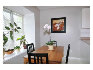 "Photo 4: 78 23085 118TH Avenue in Maple Ridge: East Central Townhouse for sale in ""SOMMERVILLE GARDENS"" : MLS®# V840606"